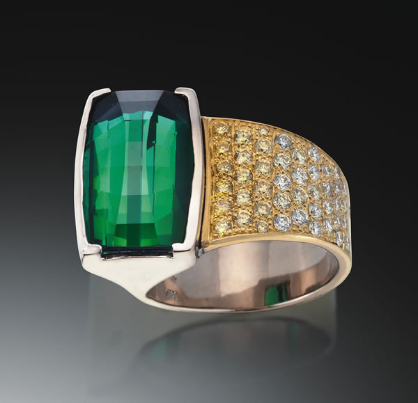 Verde Ring cropped